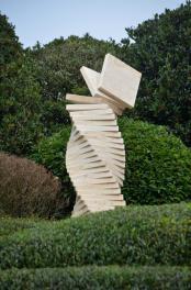 Etretat sculpture 1