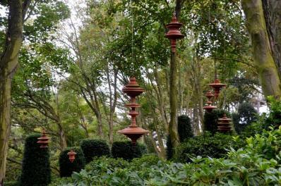 Etretat sculptures